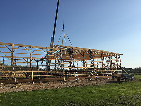 new construction | roof frame installation